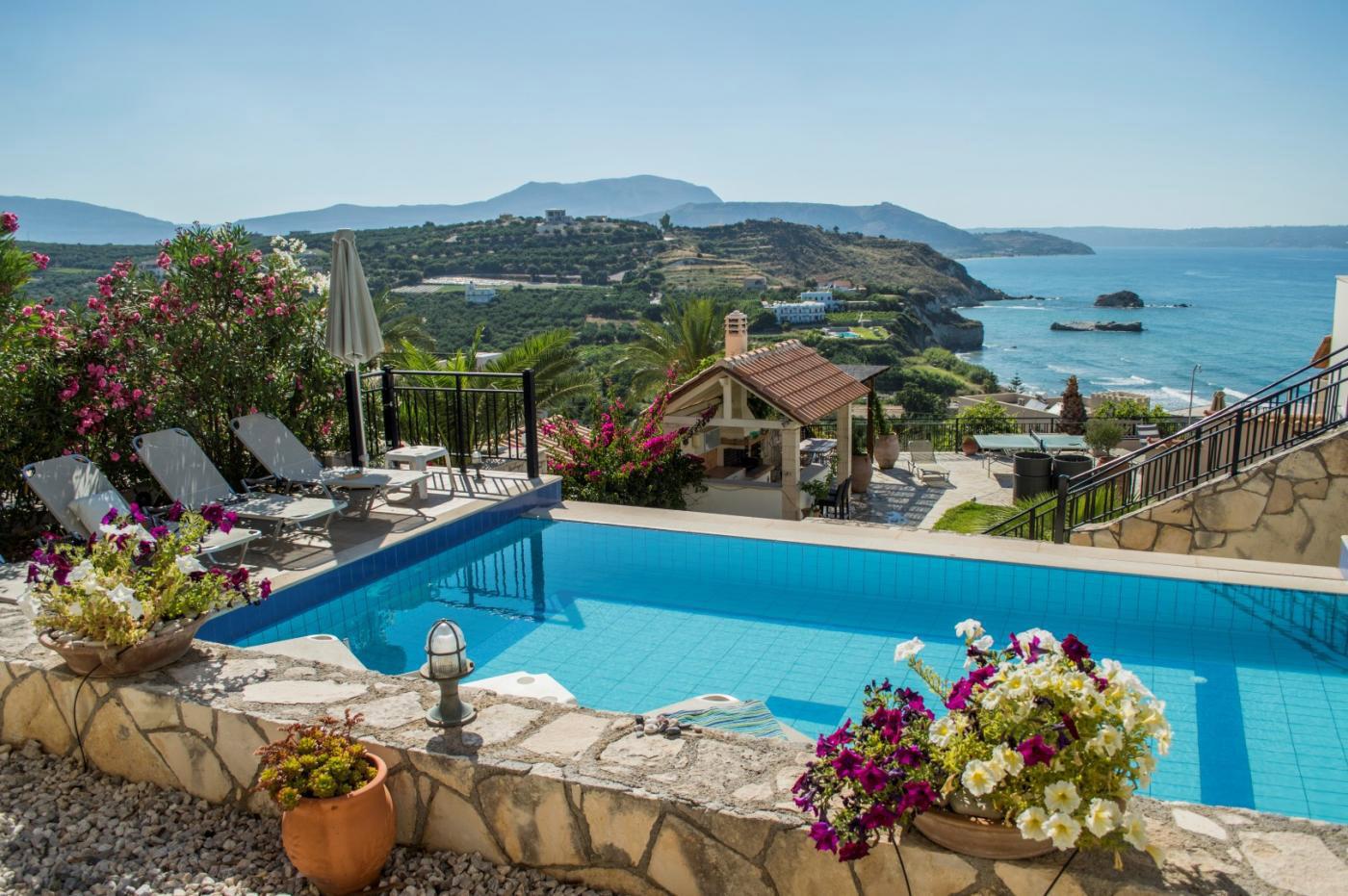 Aegean Blue Villa Villas In Almyrida Crete Escapes